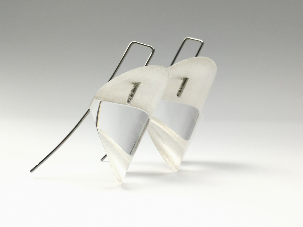 Boucles transparence by Cécile Dalcq